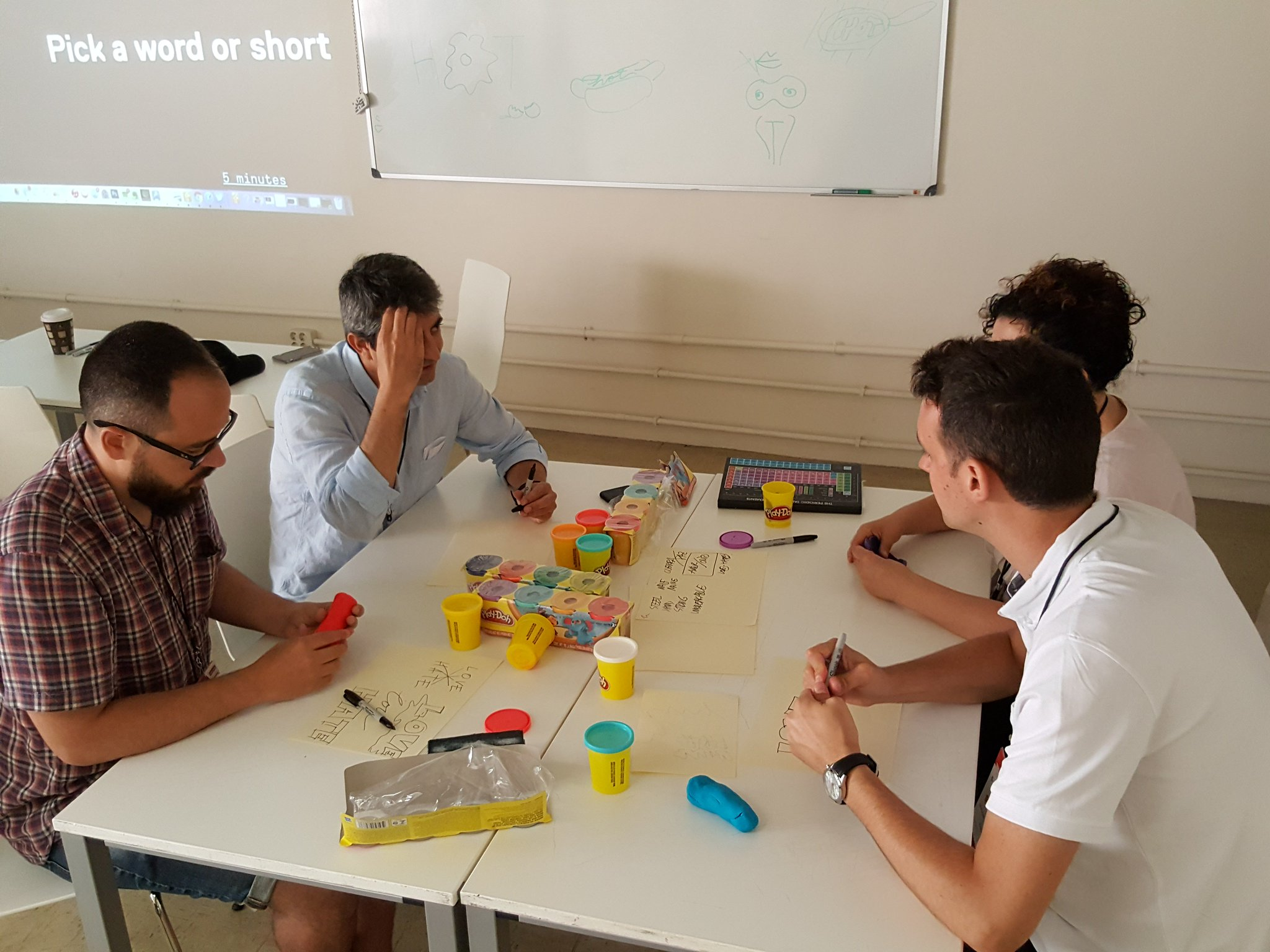 First day of @webvisions Barcelona was about creative workshops about design and the interaction with the customer https://t.co/LvJA4zMeWH