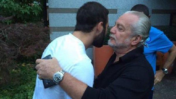 "Higuain alla Juventus? De Laurentiis: ""Marotta non vuole pagare la clausola"""