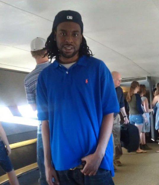This is the face of #PhilandoCastile. We need to help be his voice since it was taken away too soon. https://t.co/c1xPAjK6pQ