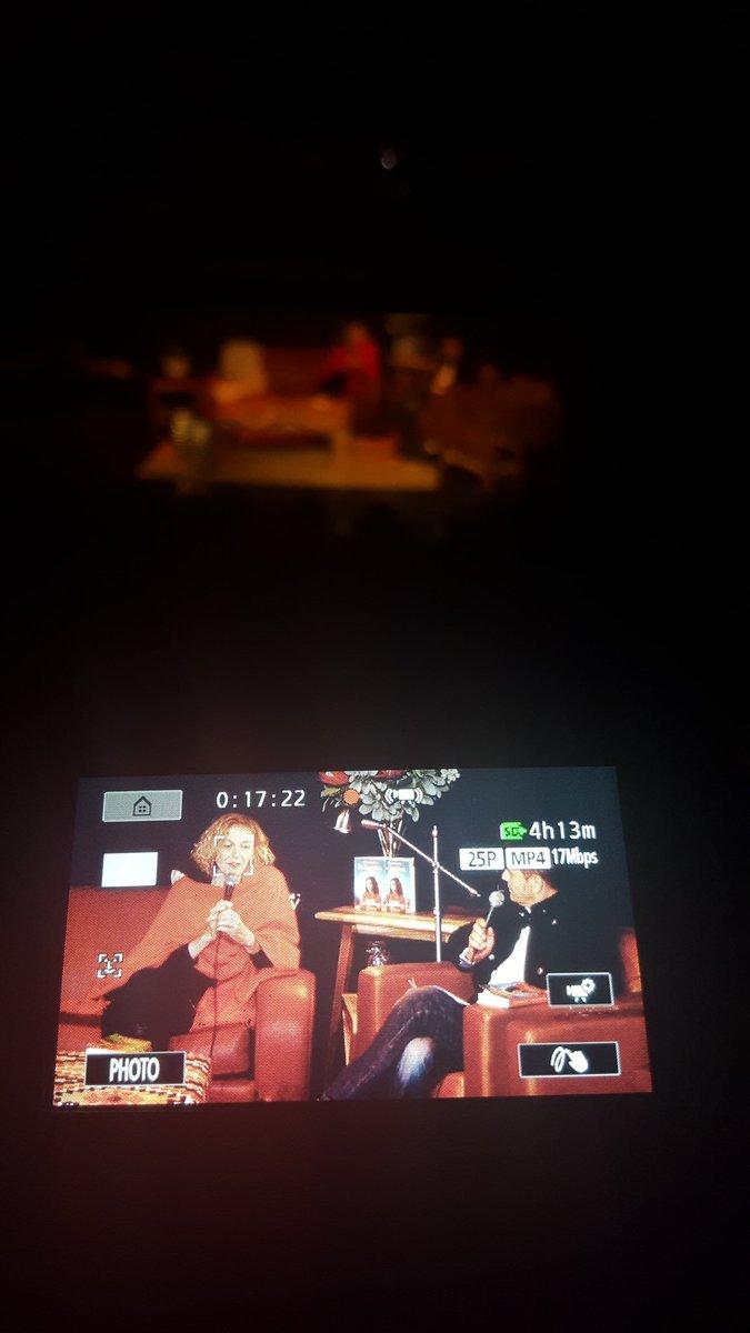 Lekker geselig met #MaritaVanDerVyver en #HannesVanWyk oor #filmuitgawe van #DisKoueKosSkat #NbUitgewers @WykHannes
