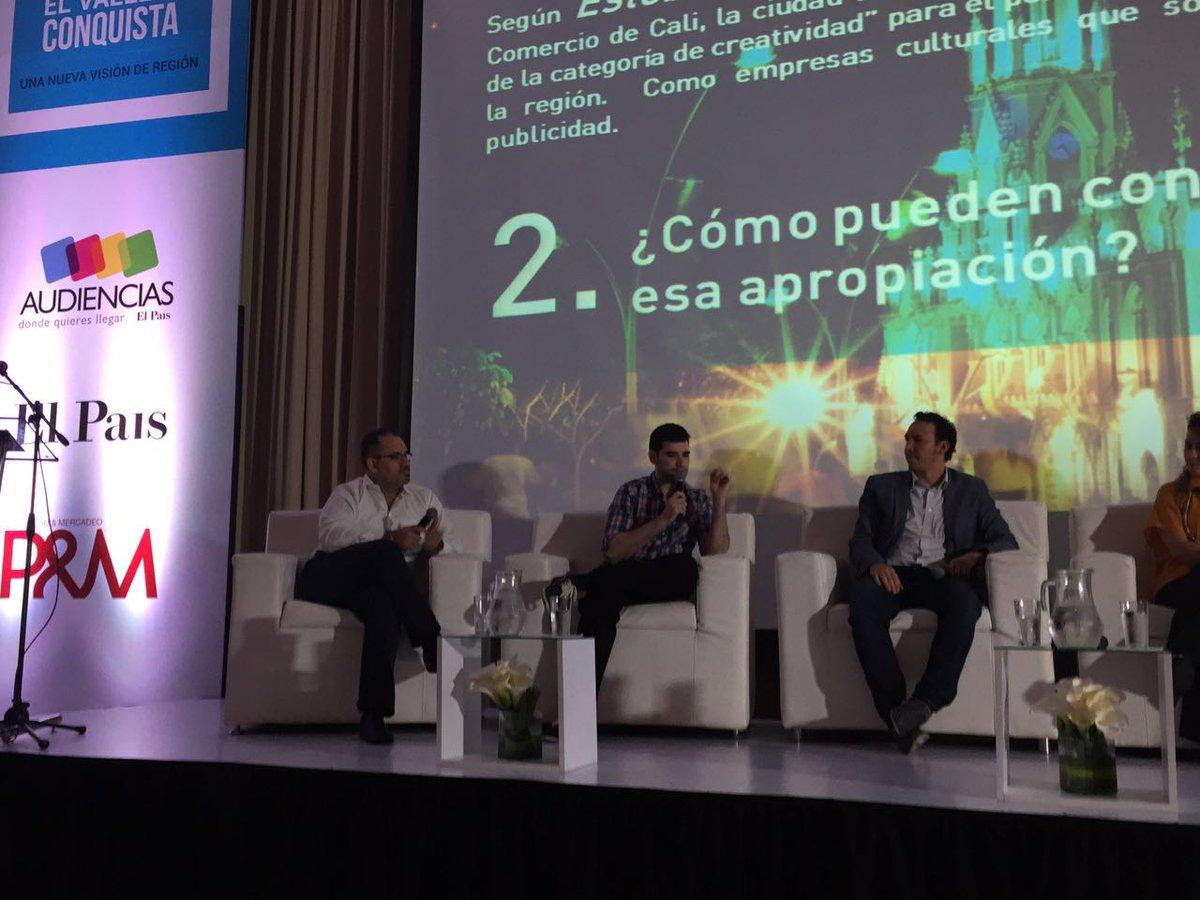 """#ForosPyM Jose Diaz de @HimalayaDA """"el caleño se destaca por el cambio cultural, artístico y tecnológico"""" https://t.co/coocTo92qb"""