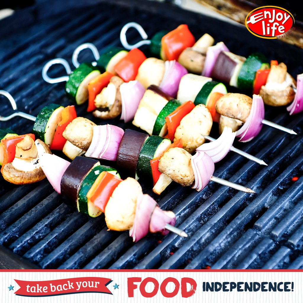 When cooking on the grill, cook on foil or an allergy-friendly grill mat to avoid cross-contamination. #eatfreely https://t.co/ml38BYb8zV