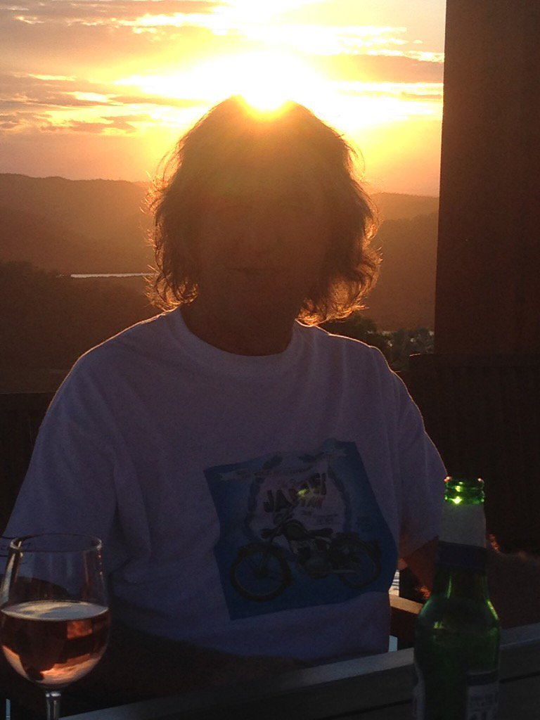James May, framed by the brown-ness of the setting sun https://t.co/gI7UoeJ2ry