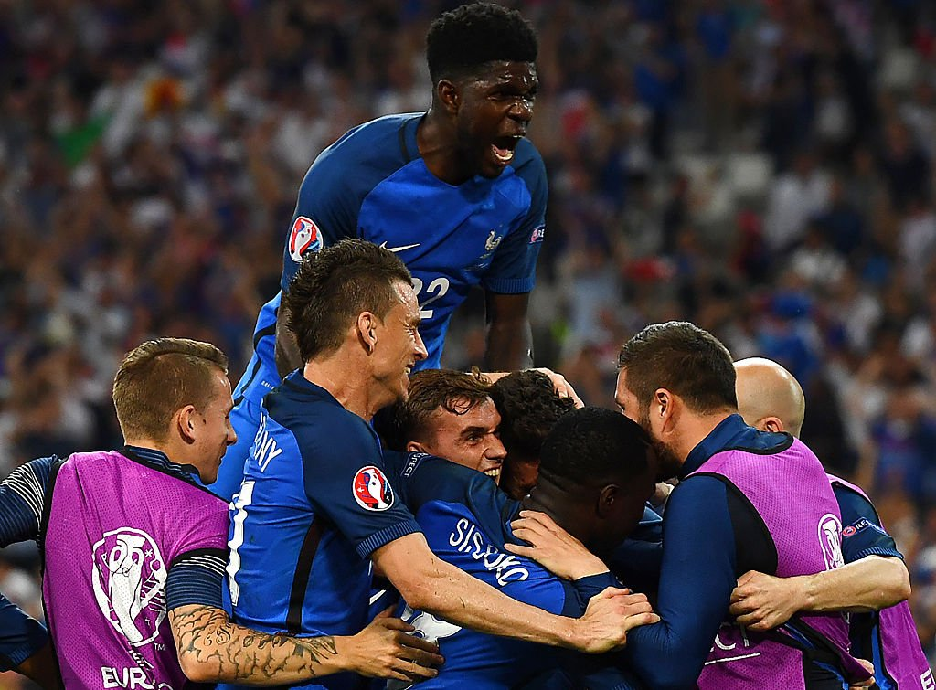 France beat Germany 2-0, to face Portugal in Euro final (https://pbs.twimg.com/media/CmyxKeAWcAAG6pf.jpg:large)