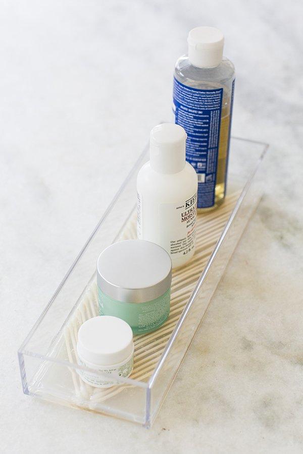 plastic q tips