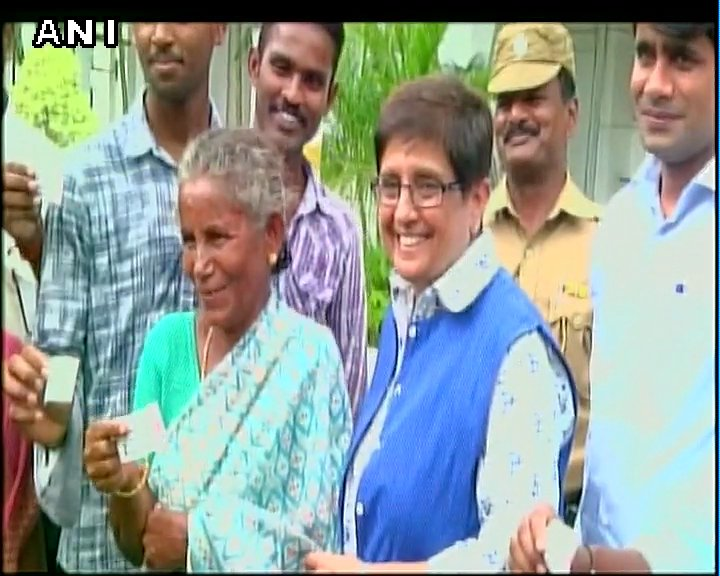 Puducherry Lt.Governor Kiran Bedi gives tickets of #Kabali to ppl who constructed toilets in their houses