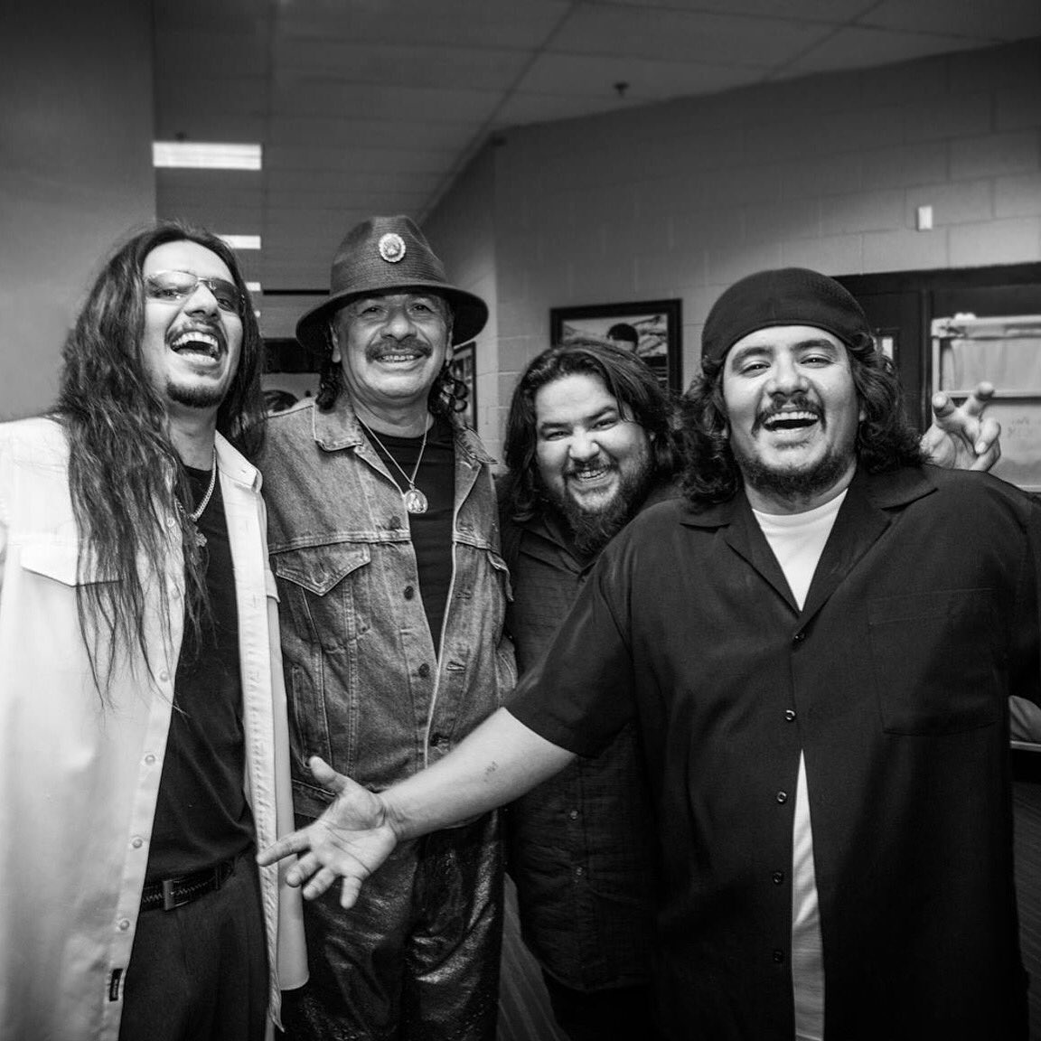 Happy Birthday @SantanaCarlos! https://t.co/90iiZIQ7uy