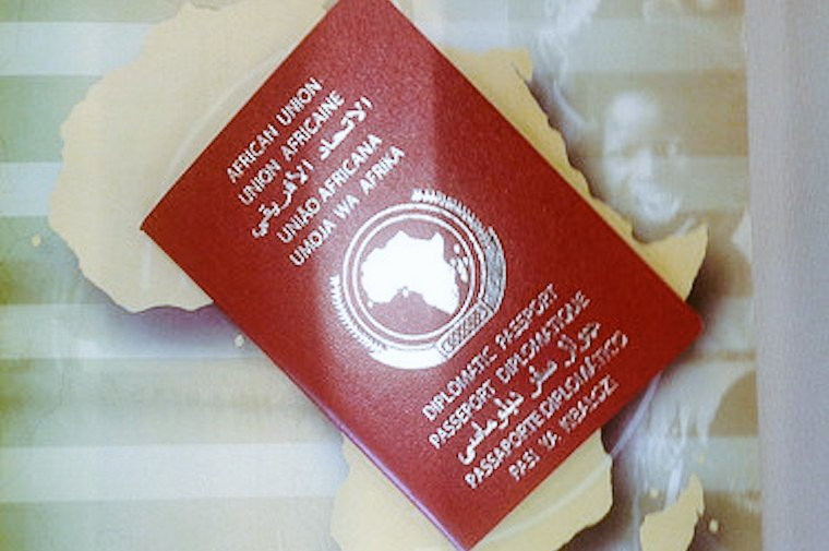 With the road being paved towards an african passport, we should lift bans among african countries.#VisaFreeAfrica https://t.co/xoVEA5FYyq