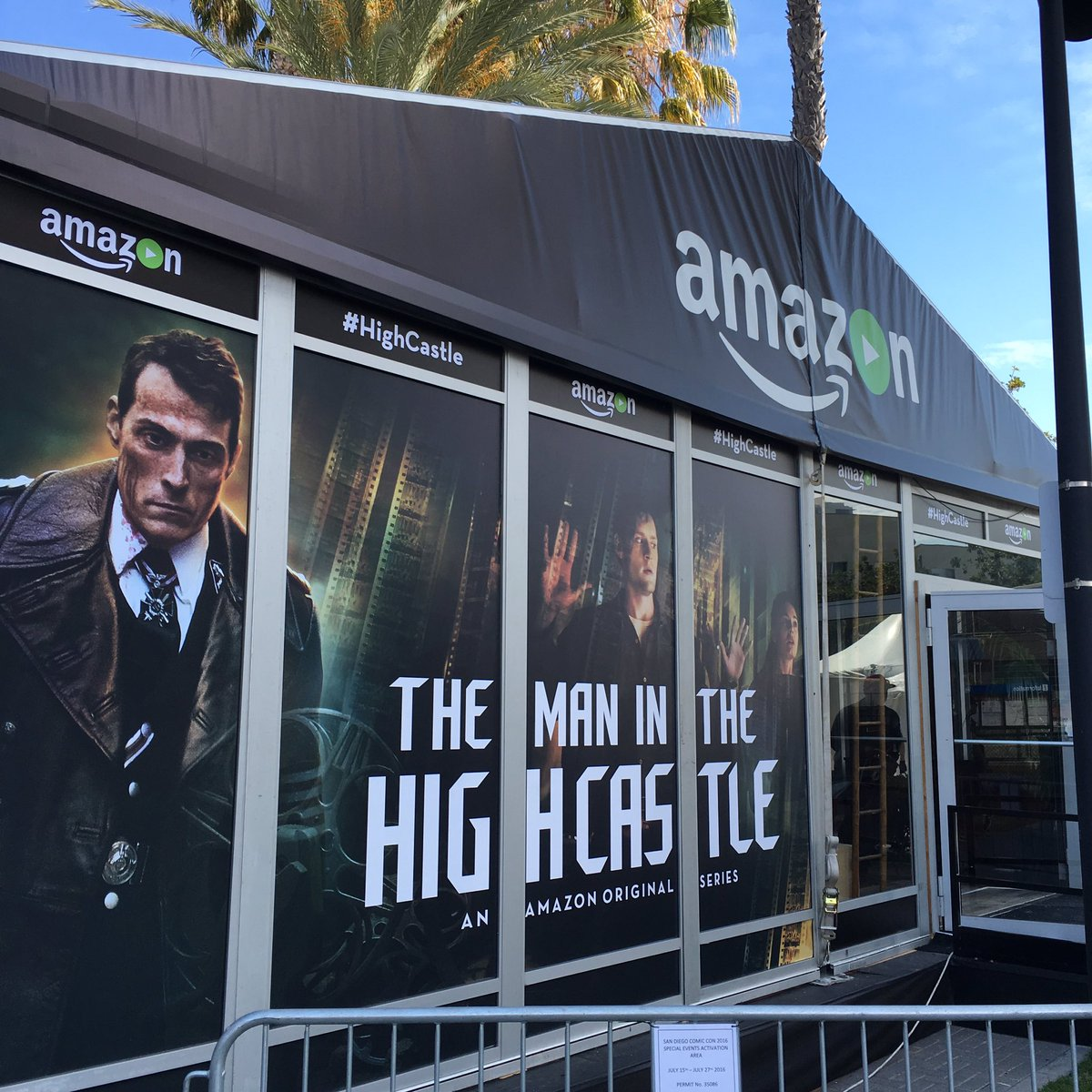 @HighCastleTV making an appearance at #SDCC @AmazonVideo #SDCC2016 https://t.co/QRFZtepaGn