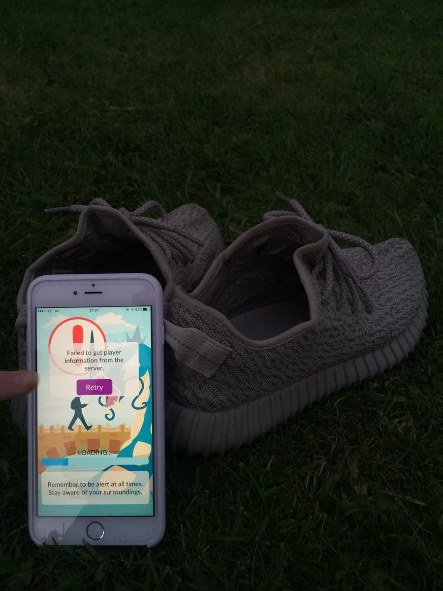 Failed to pokemon get player information from server - Crepe City On Twitter Sat In A Park Staring At This Not Exactly Fun Pokemongo Pokemon Yeezy Crepecity Https T Co Zakysribb4