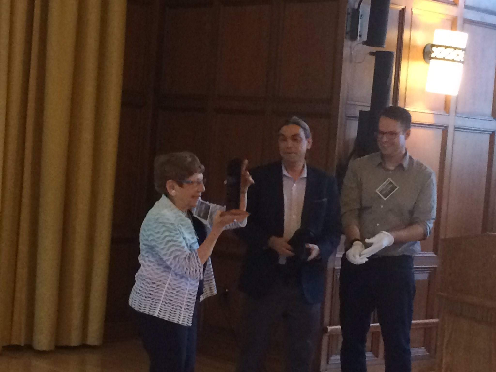 Dr. Margaret Kivelson receives the monolith award at the Europa PSG meeting. https://t.co/7laktHMGZ3