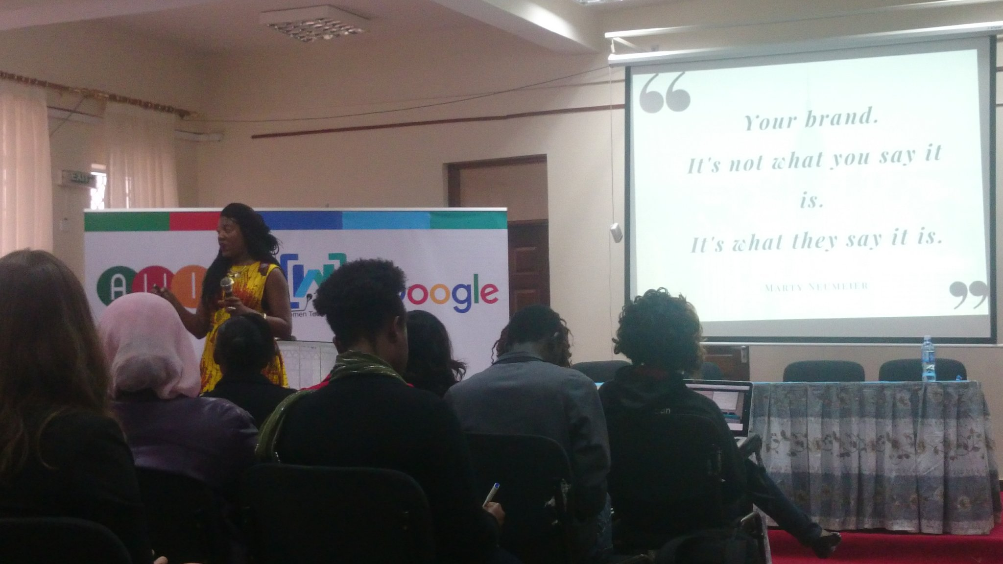 Interesting closing session 😊 by @KandiaJohnson  #AWITKenya https://t.co/ZqJYU3oNjw