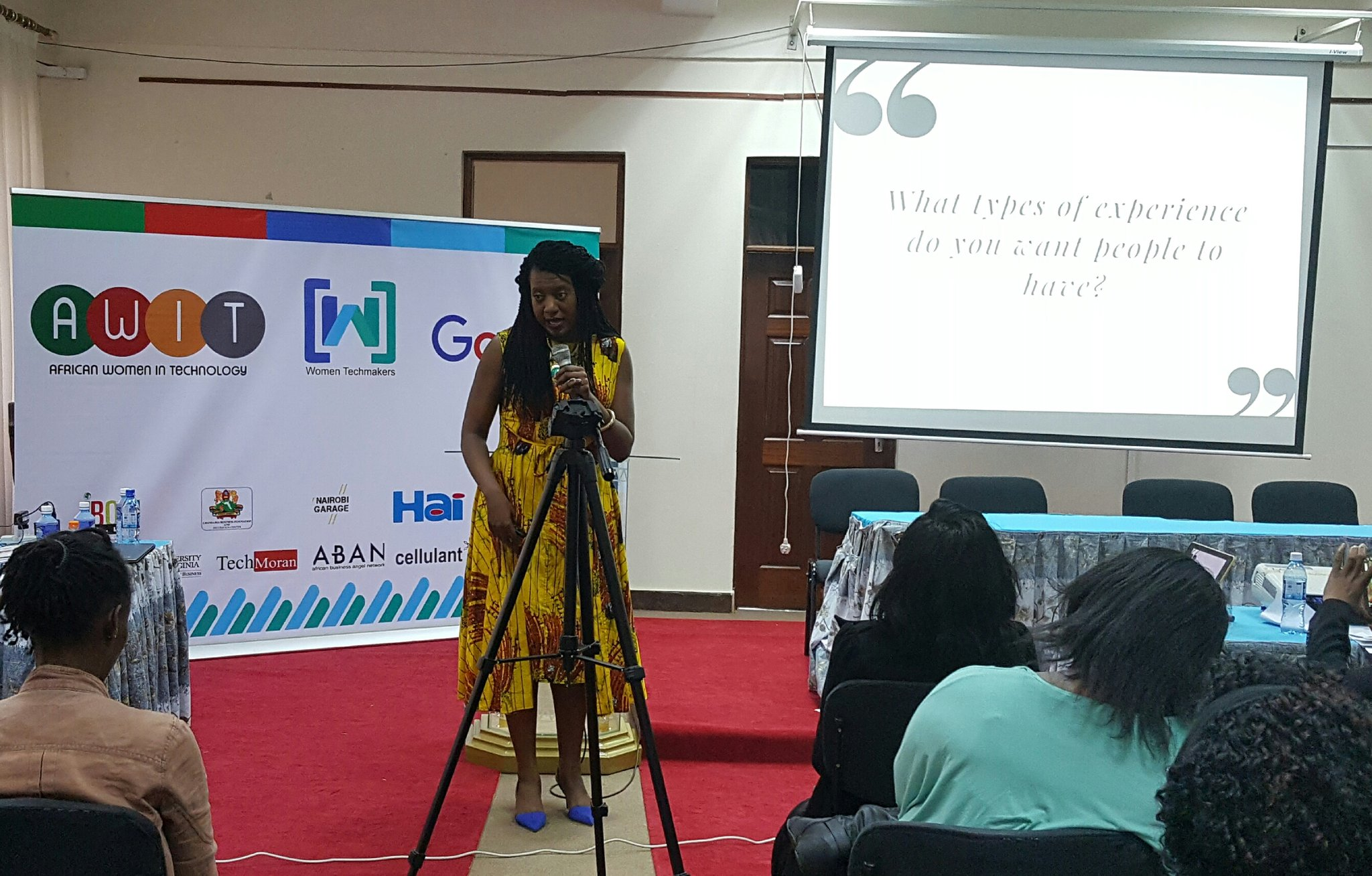 """For you to grow, you have to step out of your comfort zone"" @KandiaJohnson  #womenintech #AWITKenya https://t.co/I43o5pvHqh"