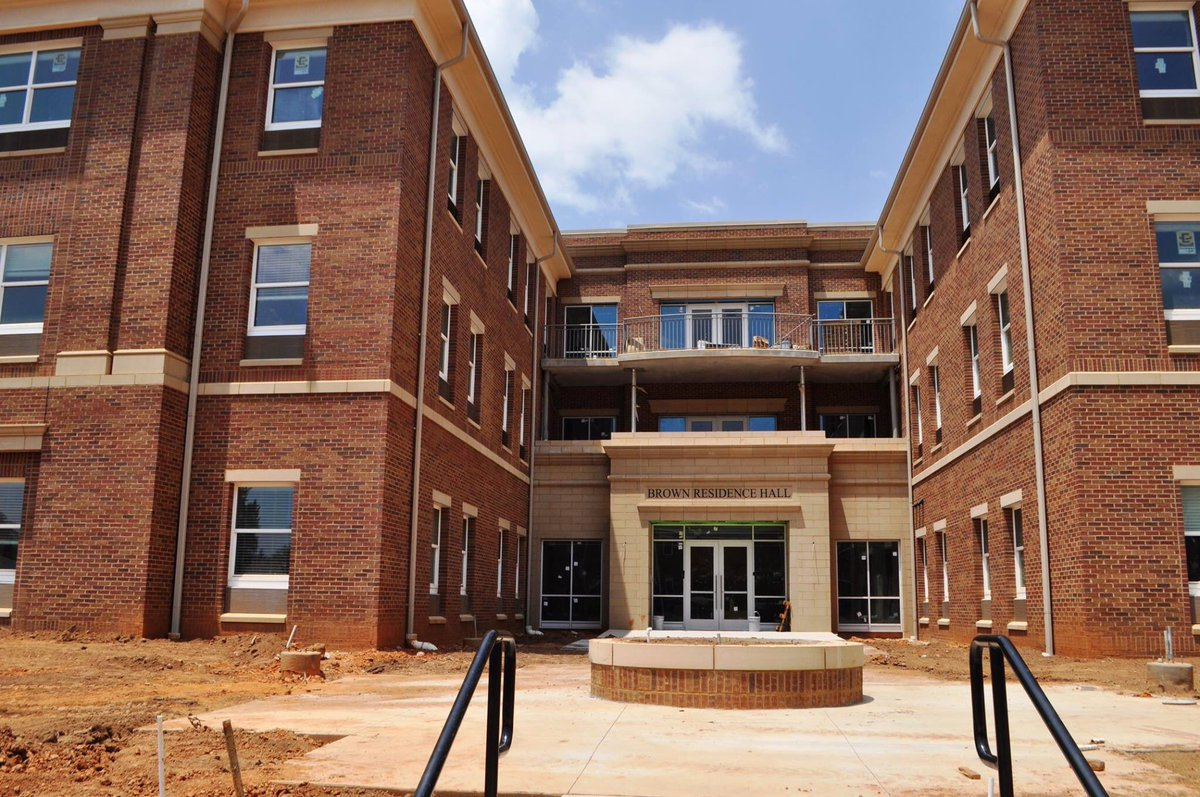 limestone bernie on twitter up close look at new residence hall to open this fall at limestone college httpstcozmhsvboknf - Limestone Apartment 2016