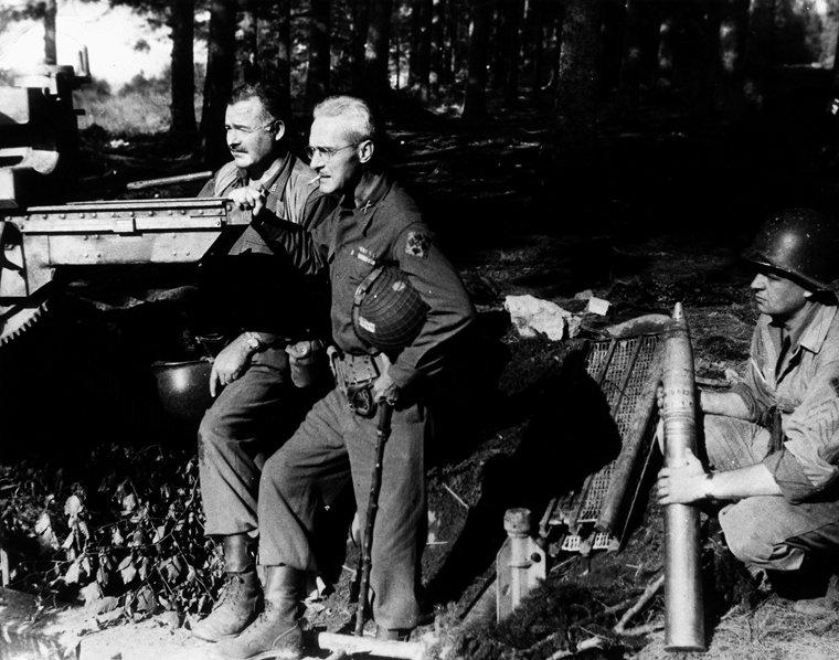 Hemingway und Salinger. Quelle: https://pbs.twimg.com/media/Cn6PmTfUMAElW4f.jpg