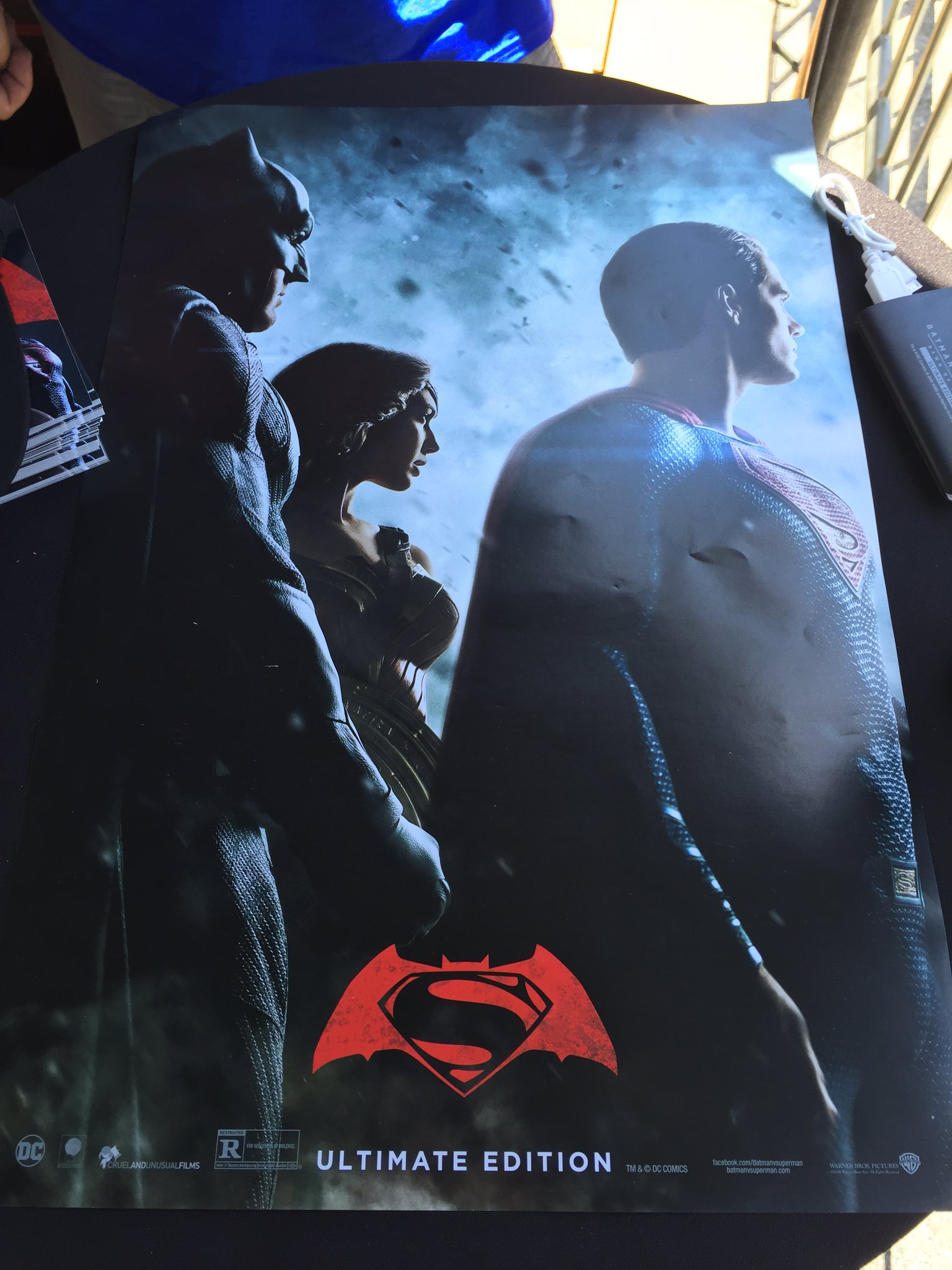 SDCC New ComicCon Poster For BATMAN V SUPERMAN Spotted Plus - Brand new batmobile revealed awesome