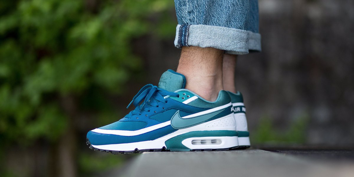 1ab033480cf5 ... Nike Air Max BW Marina Blue Green Jade Retro SneakerNews.com TITOLO on  Twitter ...