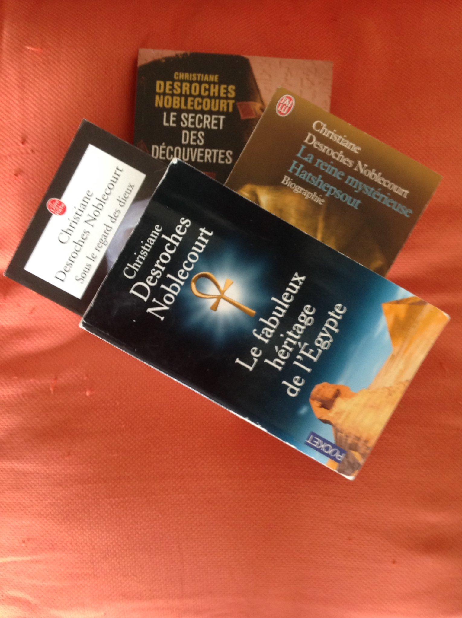 #VendrediLecture #vendredHist Les ouvrages de Christiane Desroches Noblecourt Excellente journée 🎋🌹 https://t.co/6Rj11MpGyN