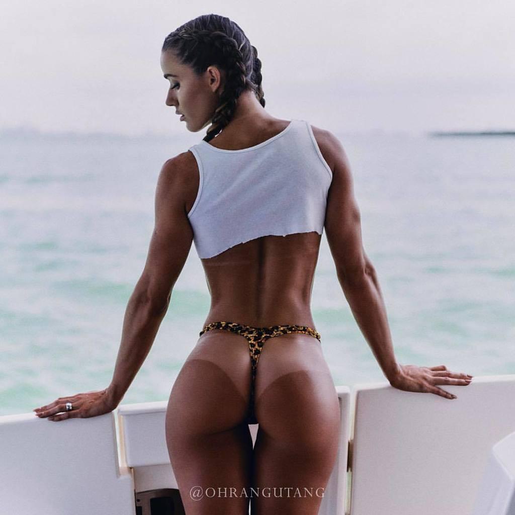 hot topless women thongs