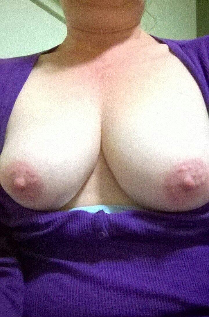 Nude Selfie 6751