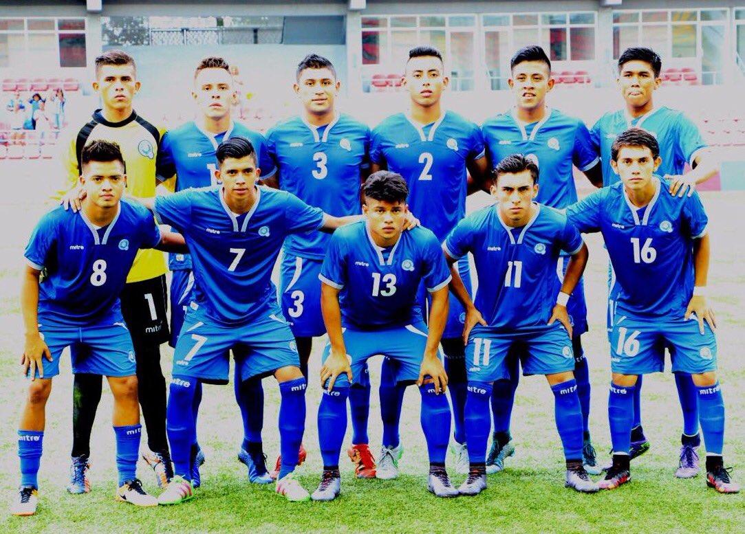 Eliminatorias UNCAF 2016: El Salvador 1 Honduras 2. CnChBZAUkAAweic