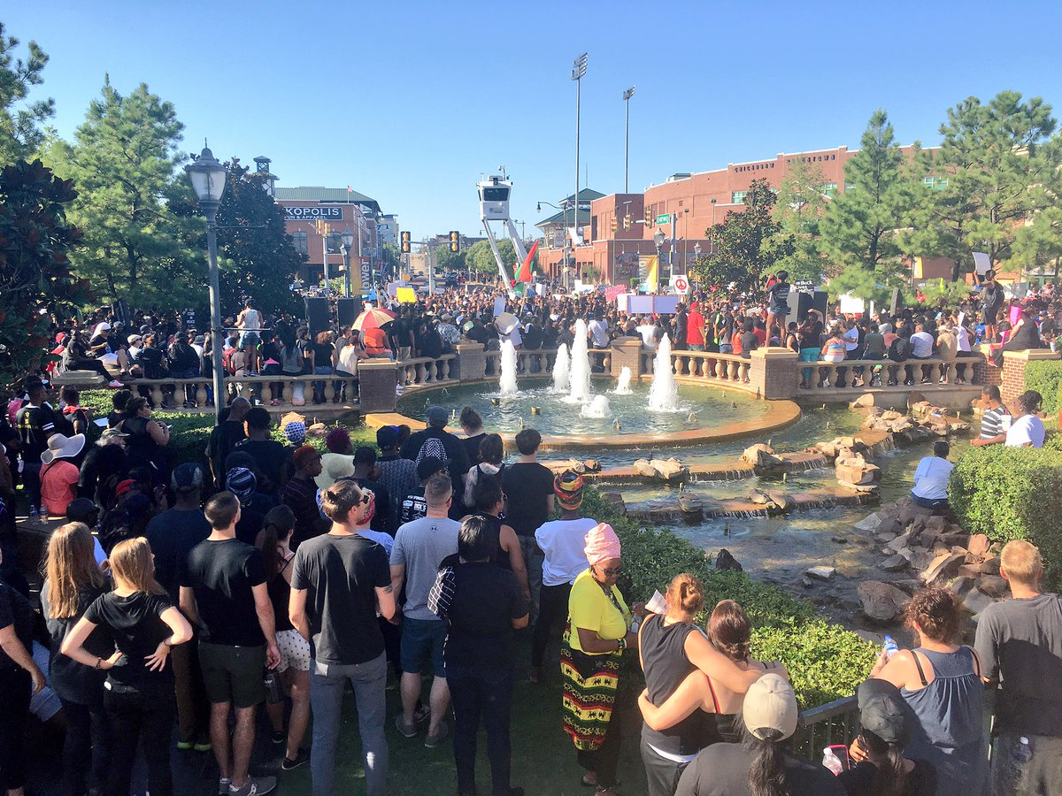 Large, peaceful crowd at #blacklivesmatterokc rally today. So proud to host important events like this for our city. https://t.co/lJypyjVn7n