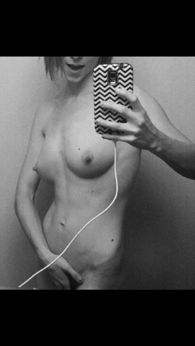 Nude Selfie 6837