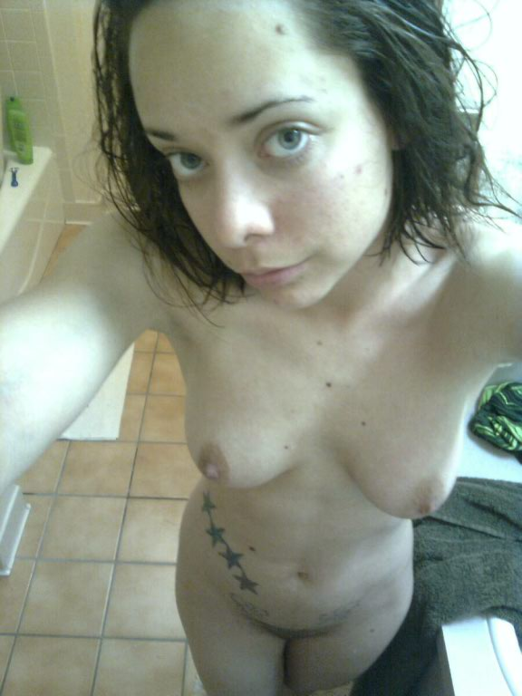Nude Selfie 6854