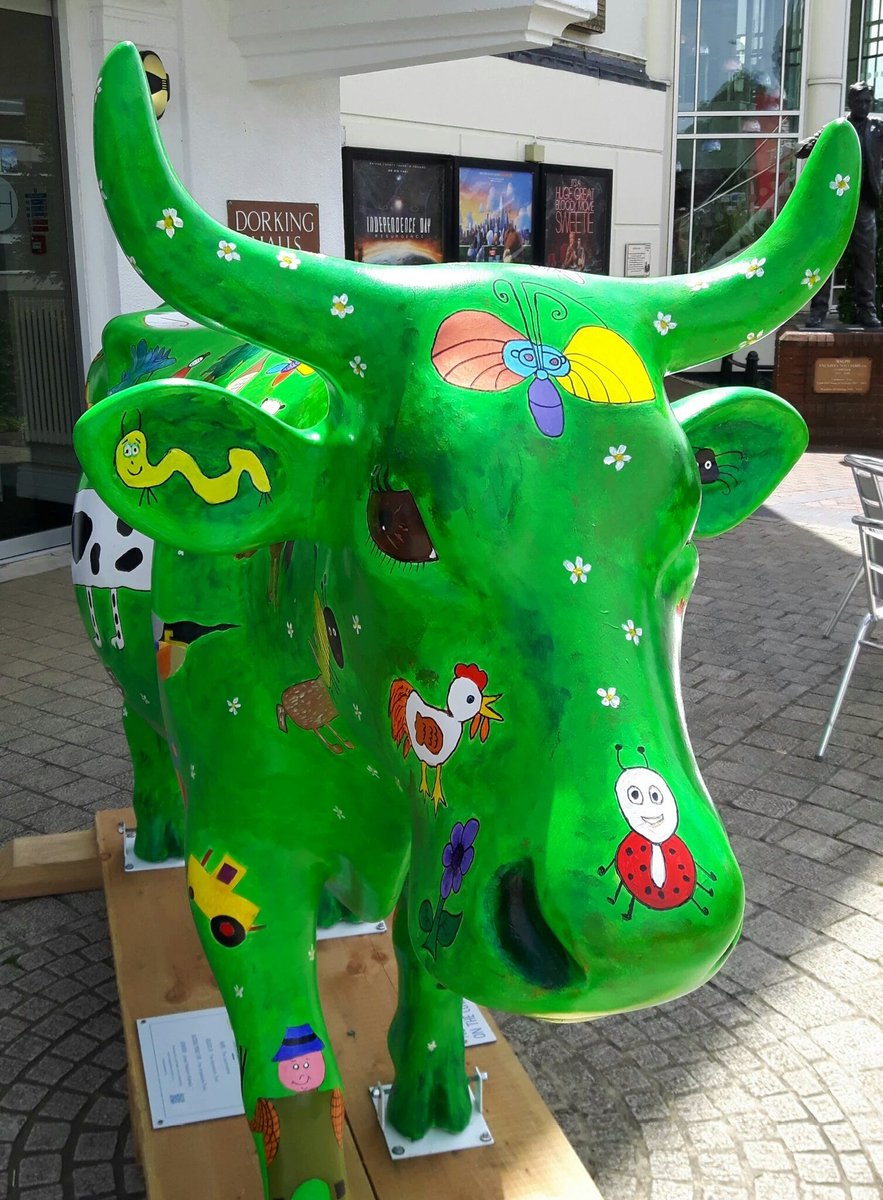 Two ladies I supported today were pleased to see @Mooi5Agent @MercureBoxHill and @DorkingHalls #followtheherd https://t.co/rnnpYFzen7