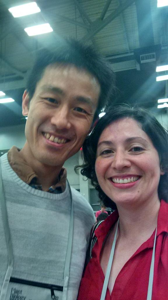 Caught up w Hiroshi Maeda @ASPB #plantbio16 & heard how his COM @UWMadison helped develop his teaching skills https://t.co/qi05IbBZva