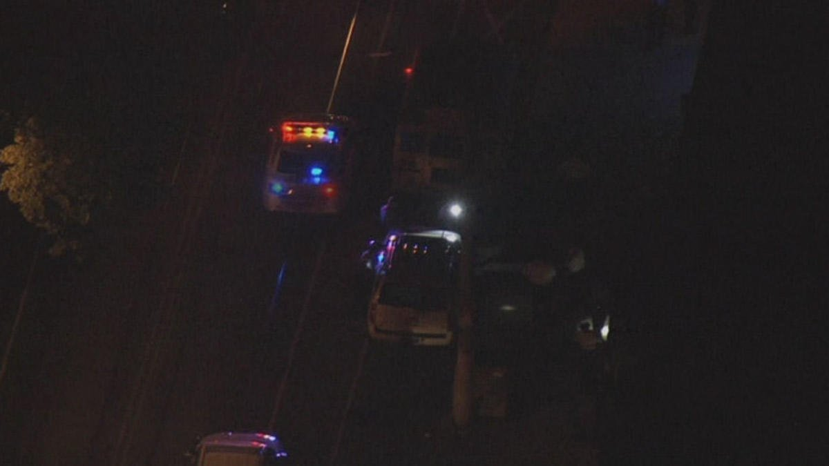 Gunman Shoots 4 People After Basketball Game in SW Philly https://t.co/bDt9kgcGHU #philly https://t.co/eNpVDGPn6O