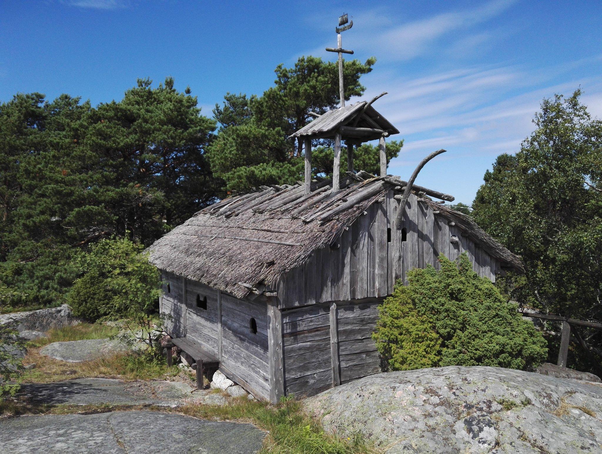 Viikinkikylä
