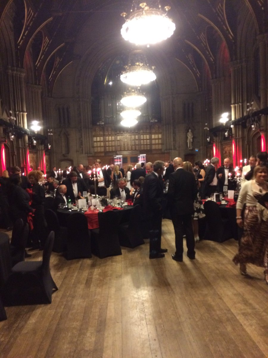 RT @LP_SeanHanson Absolutely delighted to have been a guest of @RobWhiteman at @CIPFA_Pres dinner at splendid Manchester Town Hall