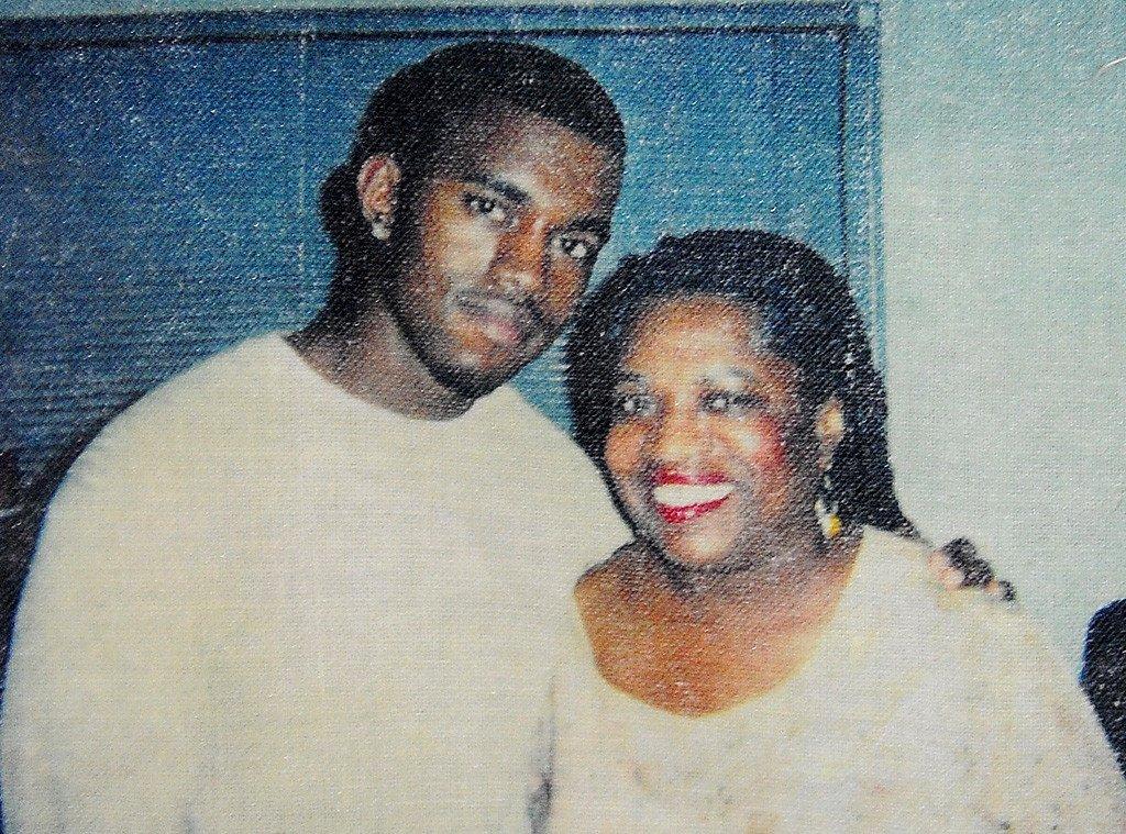 Kanye West dan Ibu