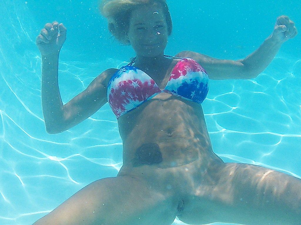 pics Underwater naked