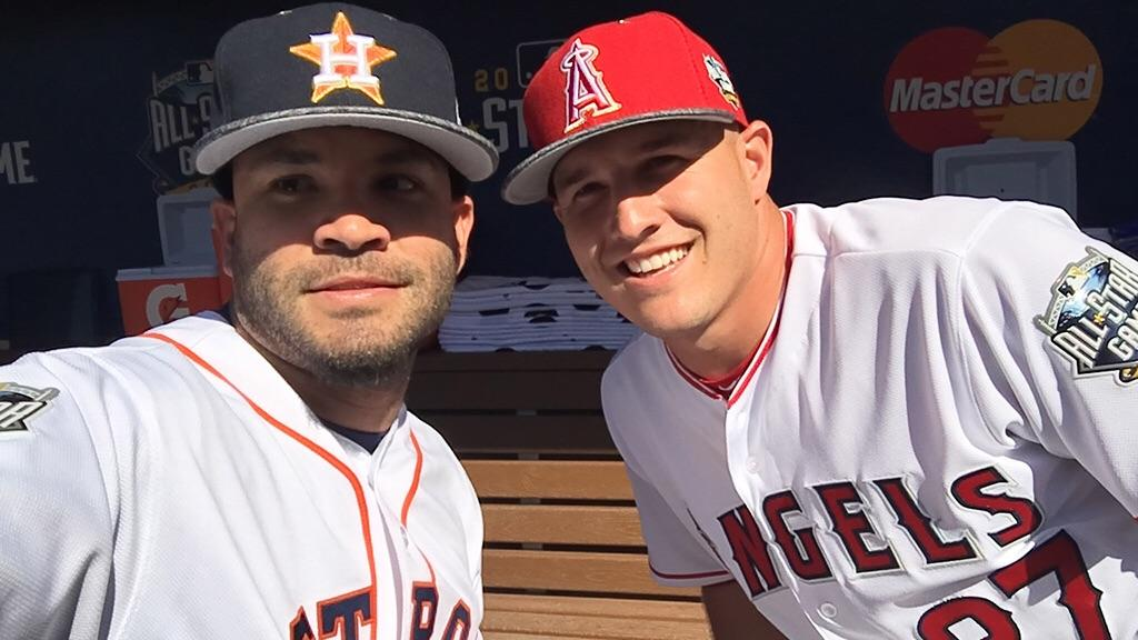 .@MLB_PLAYERS #dugoutselfie @JoseAltuve27 @astros  & @MikeTrout @Angels #ASG https://t.co/eqrCPYMJPq