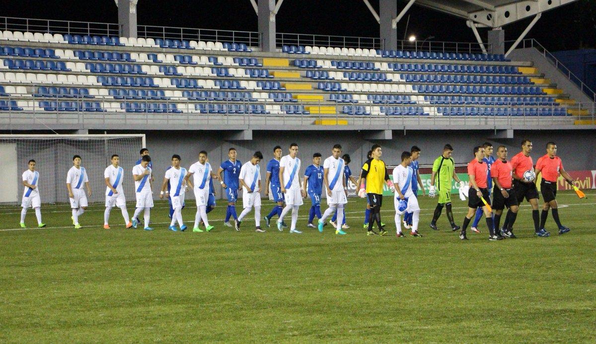 Eliminatorias UNCAF 2016: El Salvador 2 Guatemala 2. CnNcxnYW8AA0NFg