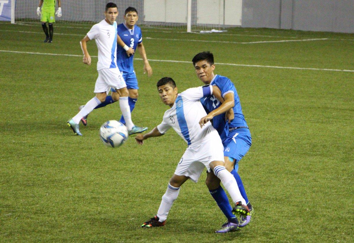 Eliminatorias UNCAF 2016: El Salvador 2 Guatemala 2. CnNdb2CWAAAjueA