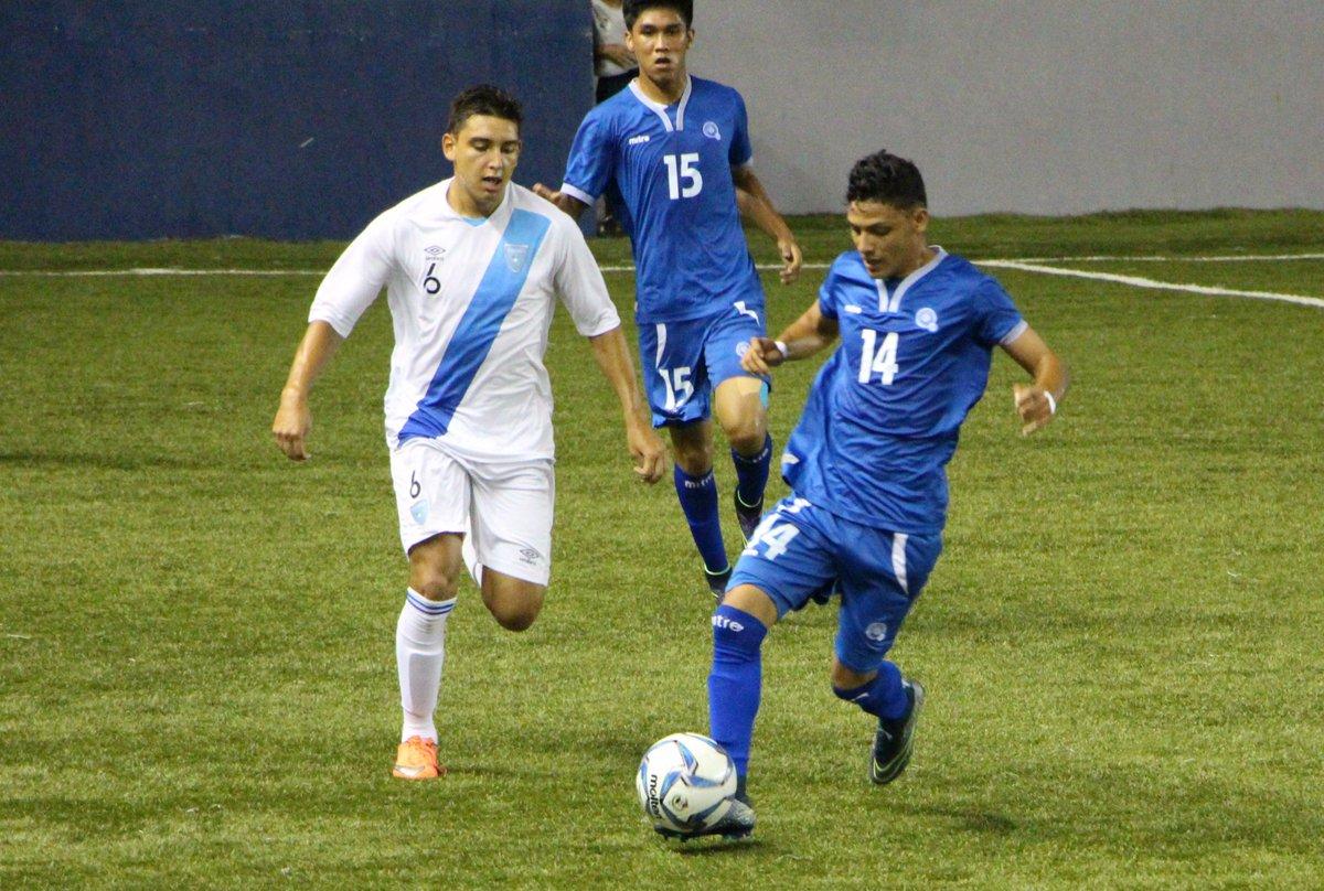 Eliminatorias UNCAF 2016: El Salvador 2 Guatemala 2. CnNesazXEAEamFr
