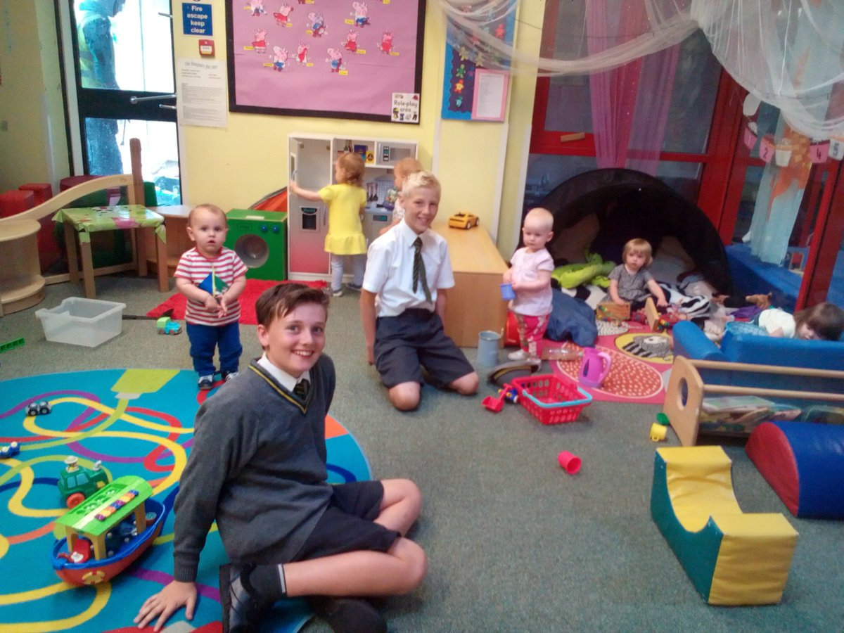 Ashbridge School On Twitter Year 6 Enjoying Some Work Experience In Nursery Moving Up Day
