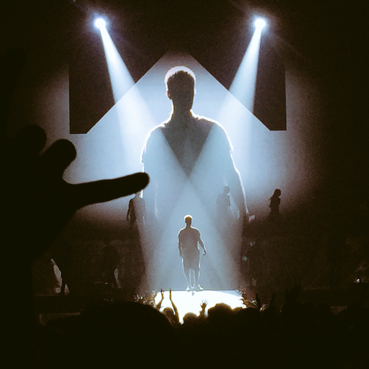 Tonight was one of those nights you never want to end. Thanks @justinbieber. Good night all