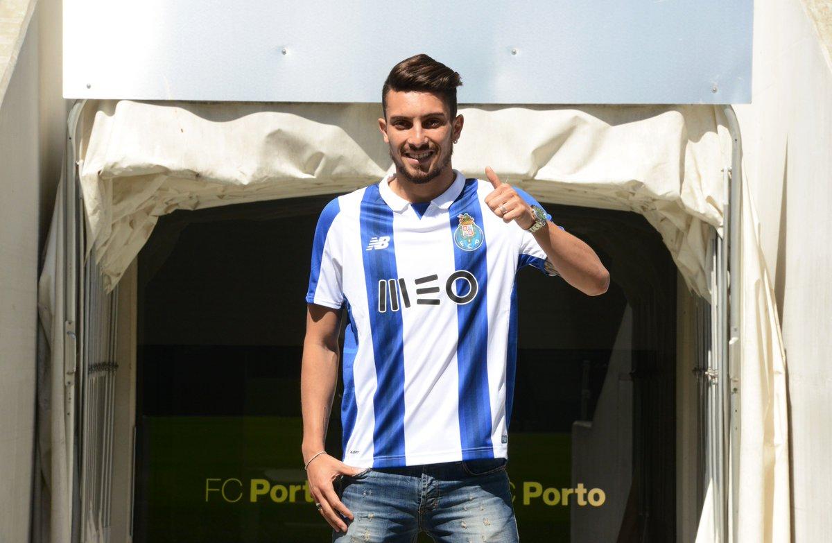 Bem-Vindo/ Welcome/ Bienvenido Alex Telles. 'Não quero vir de passagem, quero deixar um legado.'  #FCPorto