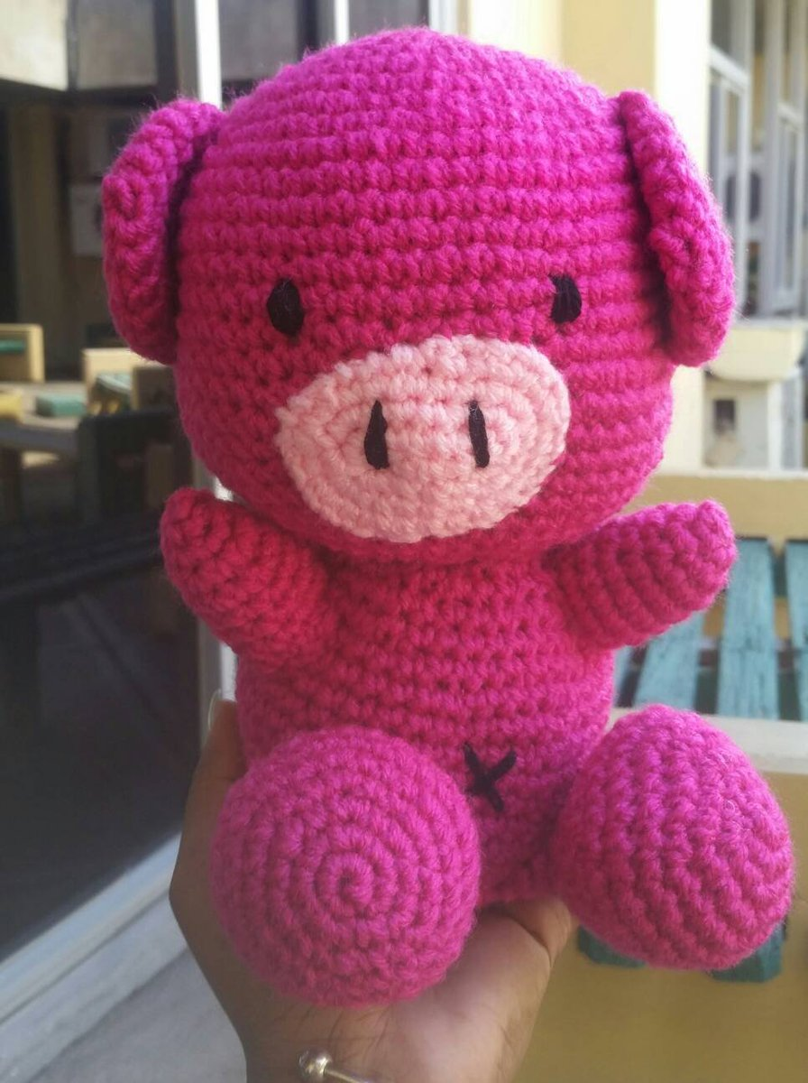 Sweet pig amigurumi pattern (With images) | Crochet pig, Crochet ... | 1200x896