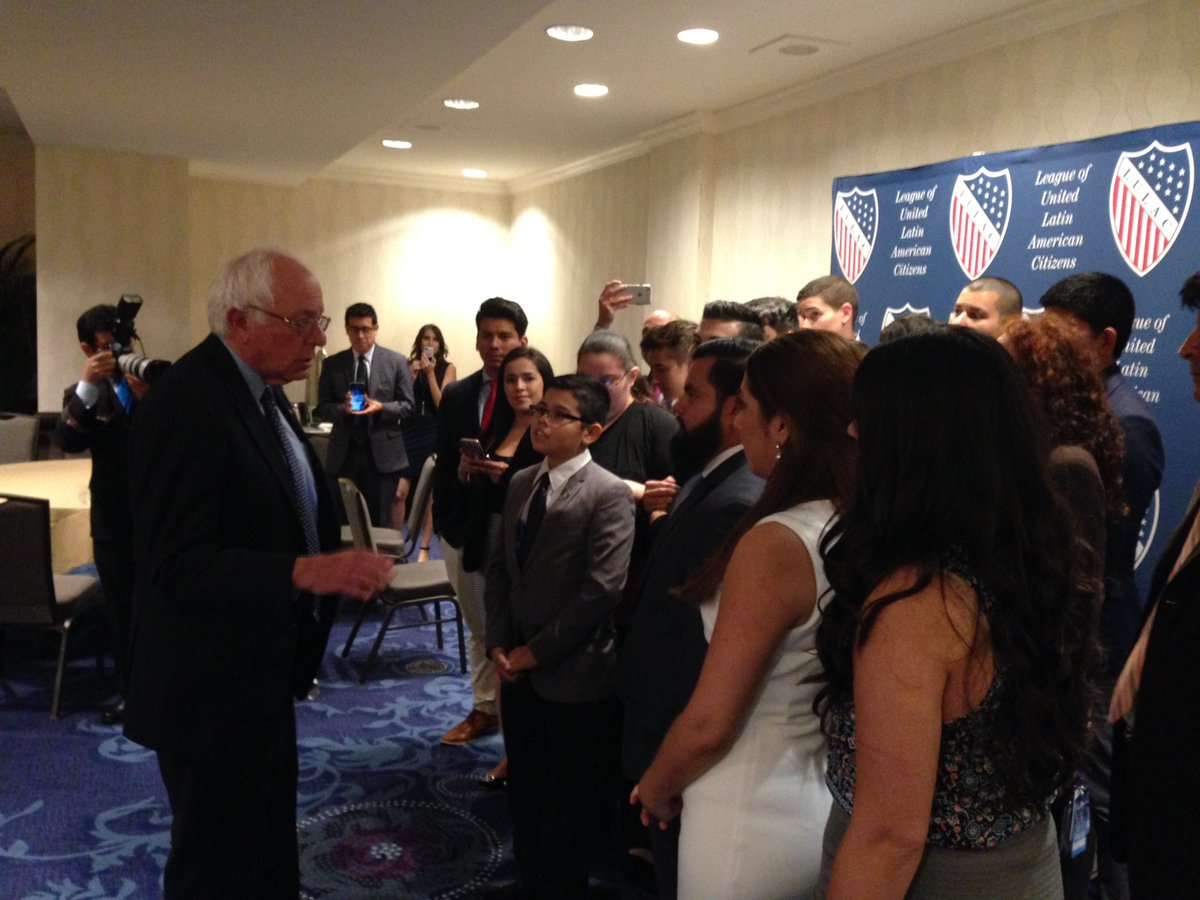 .@BernieSanders spoke to LULAC Youth and collegiate members and encouraged them to advocate for their communities. https://t.co/QheYtNrOUG