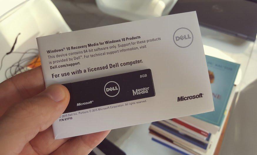 """Quanto costa ad una azienda una cosa così? 2$? Ma quanto ci """"mette bene"""" trovarla nella confezione? Brava #Dell https://t.co/GGZi2LmtAt"""