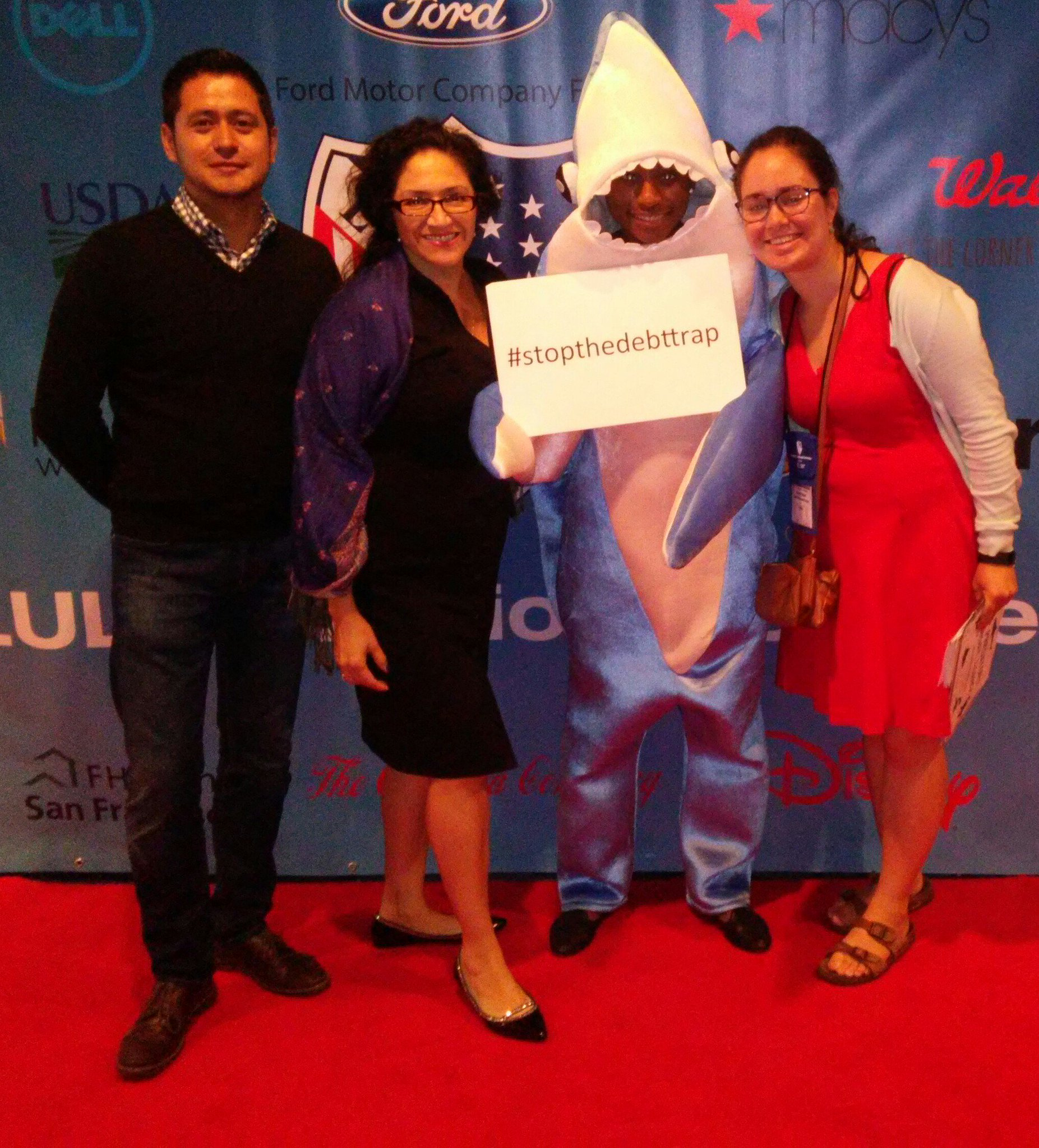 This is the CRL team @LULAC #LULAC16 working 2 #StopTheDebtTrap @CFPB https://t.co/DUucFQGPIy
