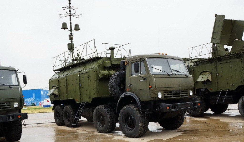 Россия перебросила очередную партию топлива, военной техники и боеприпасов боевикам на Донбасс, - ГУР Минобороны - Цензор.НЕТ 216