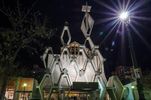#SantaRosa | Denuncian a sacerdote por abuso: allanan dos iglesias