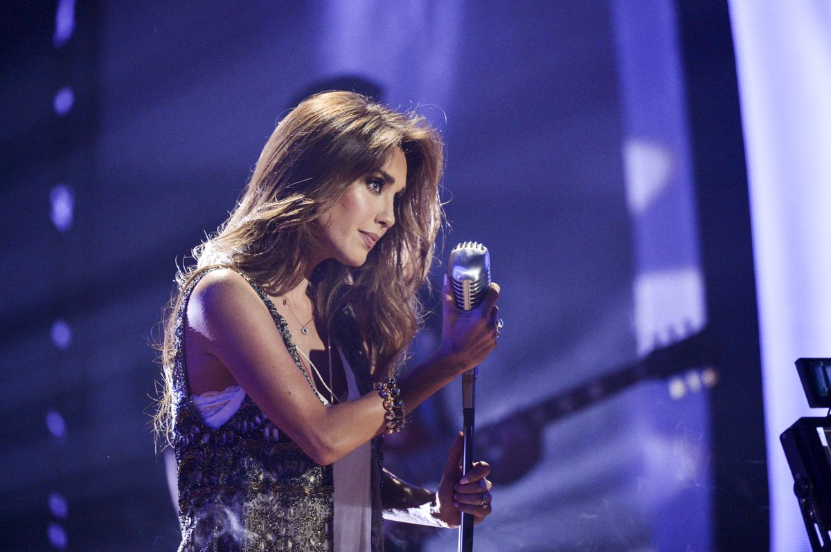 Are you ready? Mira lo que prepara Anahí para #PremiosJuventud https://t.co/I1OFF4iaGo https://t.co/9ykVISHC5B
