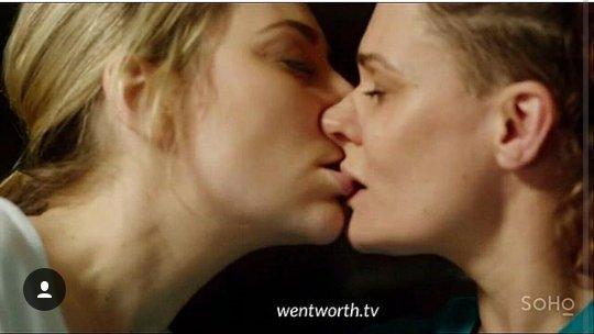Tragic Hero On Twitter Kate Jenkinson Is So Hot When She Kissing Girls Ballie Wentworth